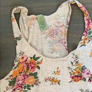 Alternative Apparel Tops - Alternative apparel cotton floral tank